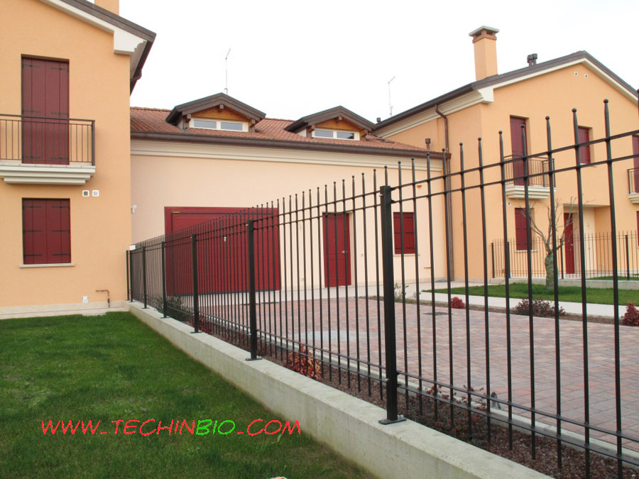 Cancello in ferro cancelli in ferro battuto recinzioni for Baldassar recinzioni