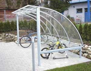 Pensilina per biciclette giardino