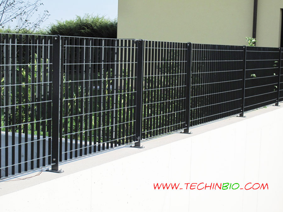 Costo recinzione metallica