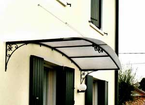 Pensiline metalliche tettoie in ferro tettoie ingressi for Tettoie in ferro prezzi e offerte