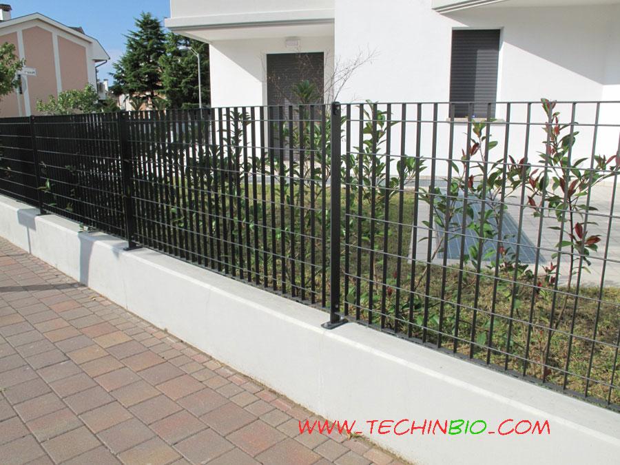 http://www.techinbio.com/negozio/img_sito/cancelli/GRI/GRIGLIATO_132_02.jpg