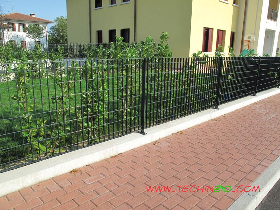 http://www.techinbio.com/negozio/img_sito/cancelli/GRI/GRIGLIATO_132_03.jpg